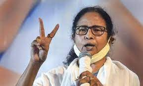 Mamata Banerjee to Meet Bengal Governor to Stake Claim to Form Govt at 7 pm