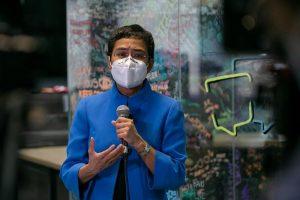 Filipino Journalist Maria Ressa Receives UNESCO Award, Questions Big Tech's Impunity