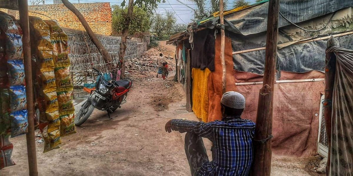 Without Access to Vaccines or Medicines, COVID Adds to Rohingya Refugees' Woes