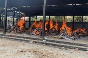 Death in the Time of the Coronavirus: A Day Spent in Delhi's Crematoria