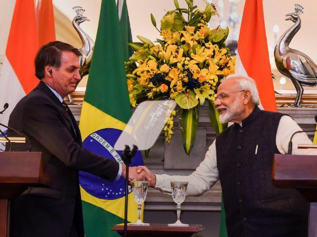 Brazil Senate Probes How Bolsonaro Lobbied With Modi on Behalf of Private Firms for HCQ
