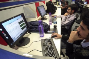 Unemployment Falls as India Eases Lockdown: CMIE