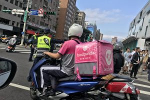 Taiwan's Food Delivery Workers Call for National Union