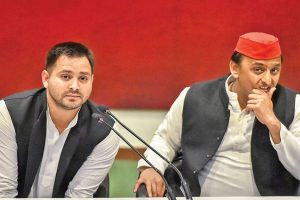 Two States and Two Scions: Will Akhilesh Yadav Face in 2022 What Tejashwi Yadav Did in 2020?