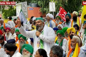 Watch: Farmer Protests Return to Delhi's Streets