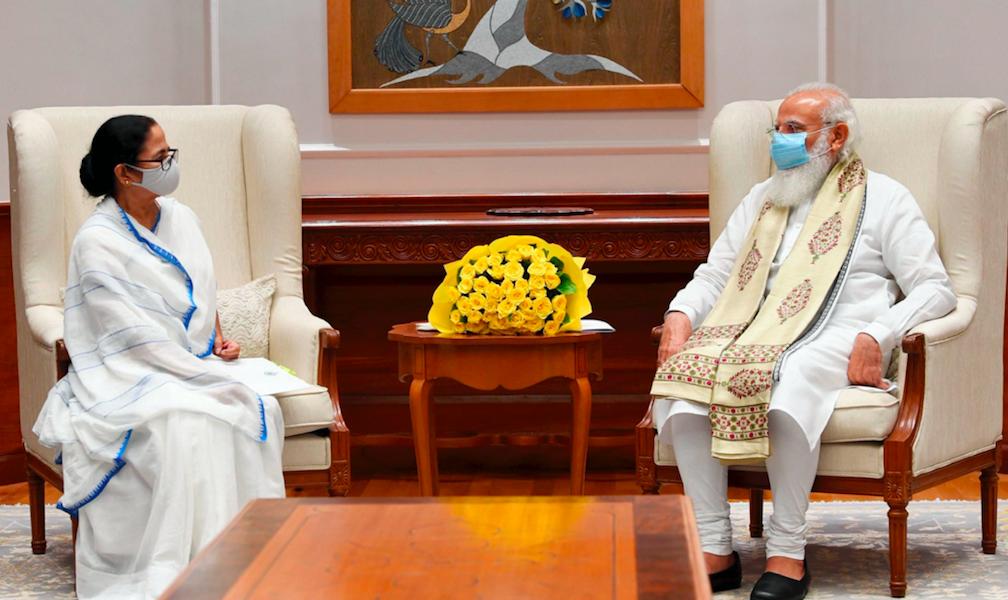 Mamata Banerjee Meets Modi, Says PM Should Convene All-Party Meet on Pegasus Row