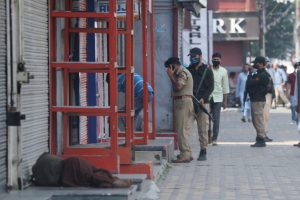 Shopkeepers, Traders in Srinagar Allege Police Forced Them to Stay Open on August 5