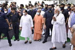 PM Modi, at the End of His Tether, Is Intent on Wilful Destruction of Syncretism