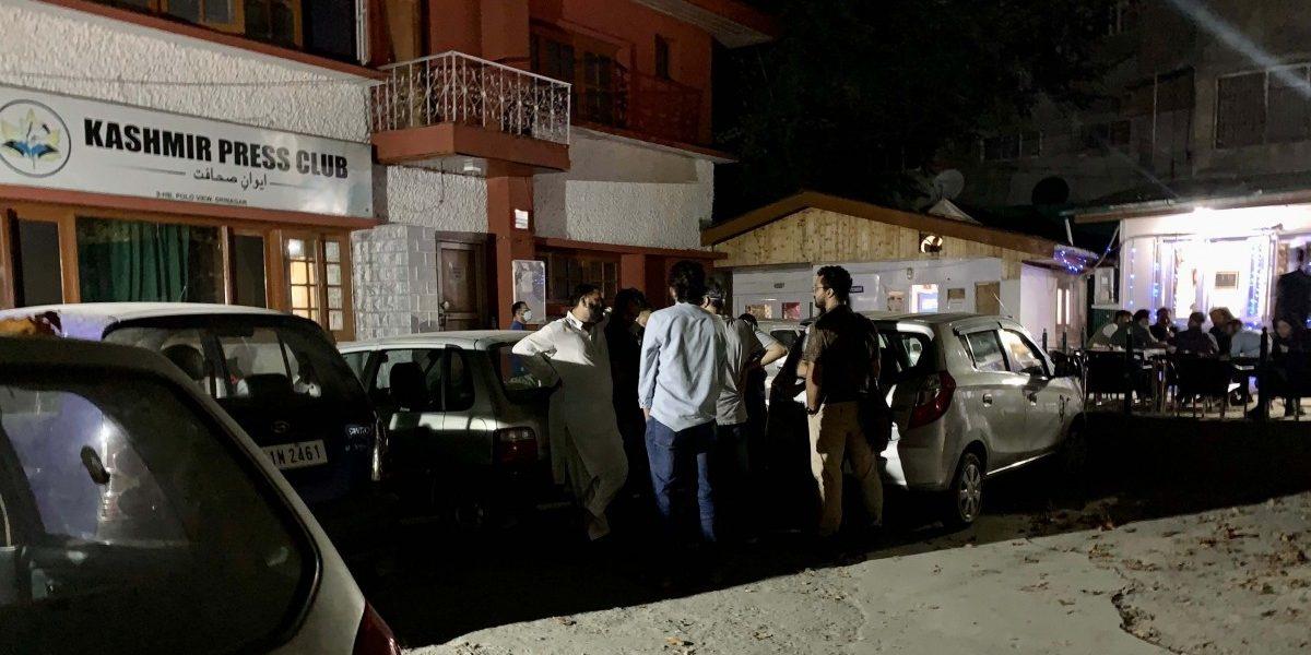 J&K Police Raid Residences of Four Kashmiri Journalists, Detain Them for a Day
