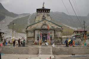 Uttarakhand CM Finally Agrees to Meet Priests Protesting the Char Dham Devasthanam Board