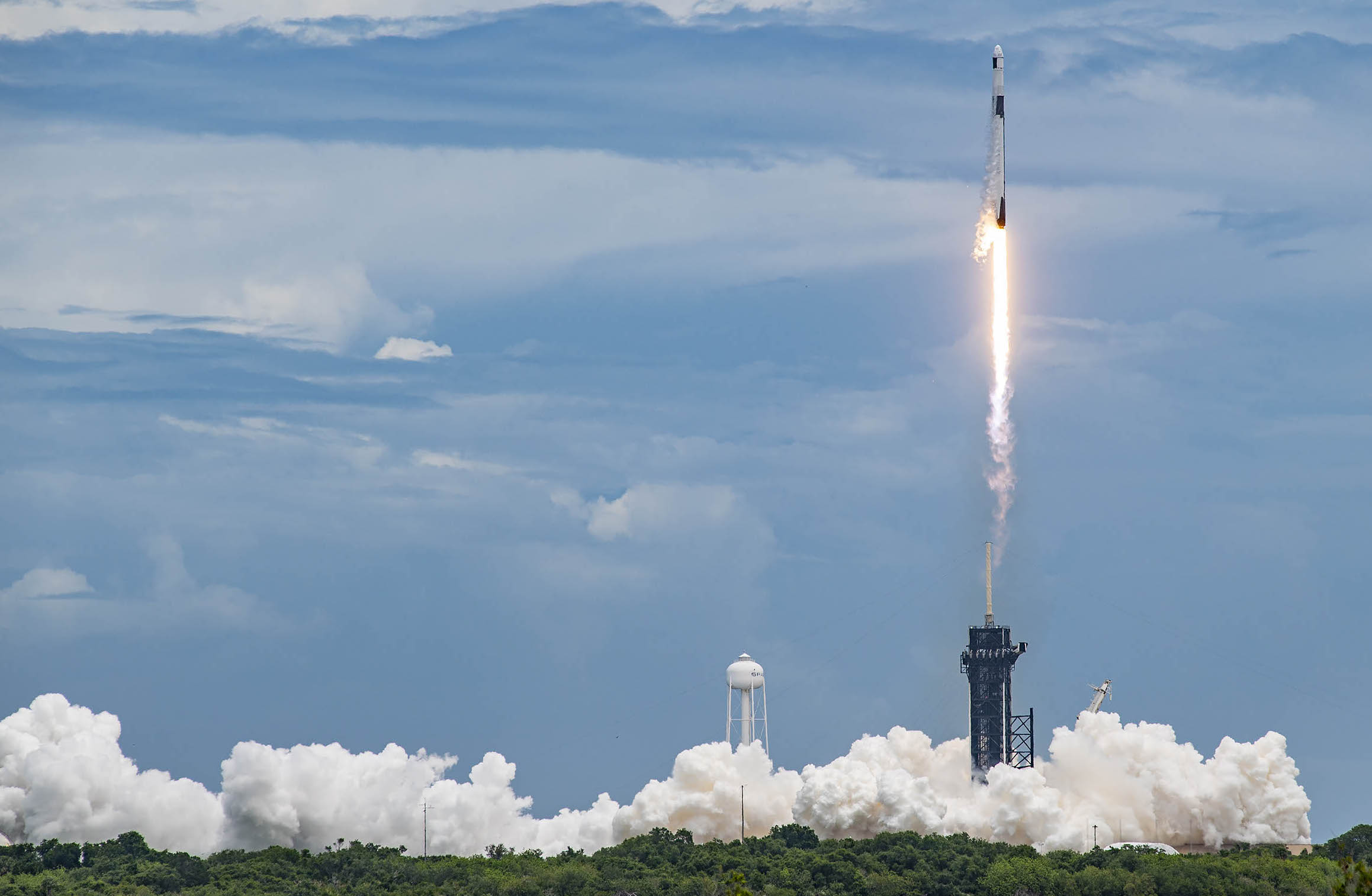 The Billionaire Race Deflects What Space Exploration Really Should Be About
