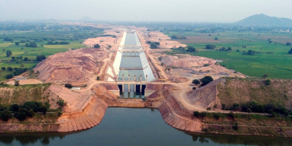 In 'World's Largest' Lift Irrigation Project, Telangana Govt Violates Land Acquisition Laws