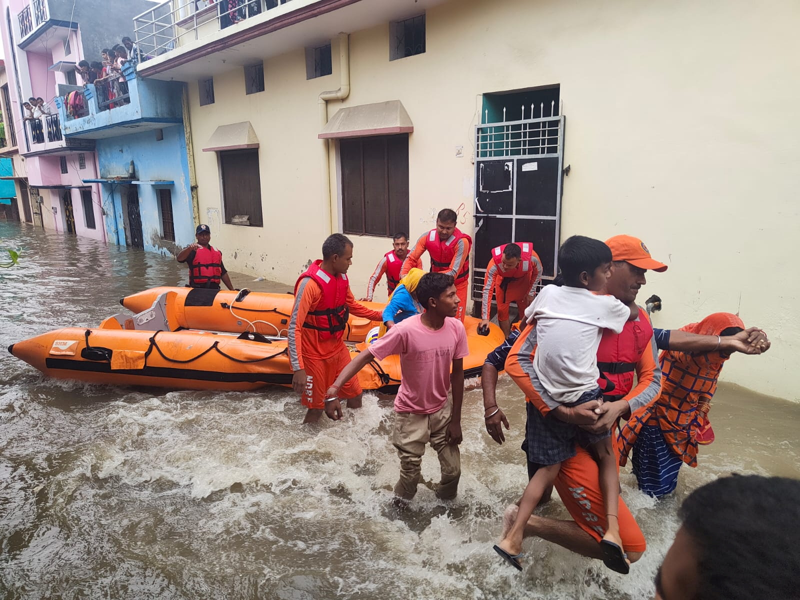 Rains: Uttarakhand Reports 42 More Deaths; 4 Dead in UP; Kerala Opens Dam Gates – The Wire Science
