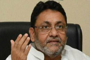 NCP's Nawab Malik Accuses Sameer Wankhede of Illegally Tapping Phones, Says an 'Extortion Racket' Is Running In The NCB